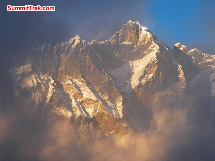 Lhotse south face at sunset. Photo Sangeeta Sindhi