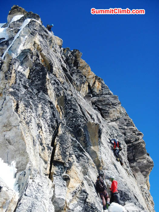 Climbers in the Yellow Tower. Mark van 't Hof Photo.