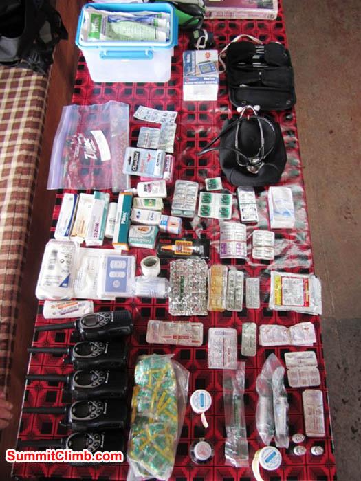 Team medical kit. Photo Mark van 't Hof.