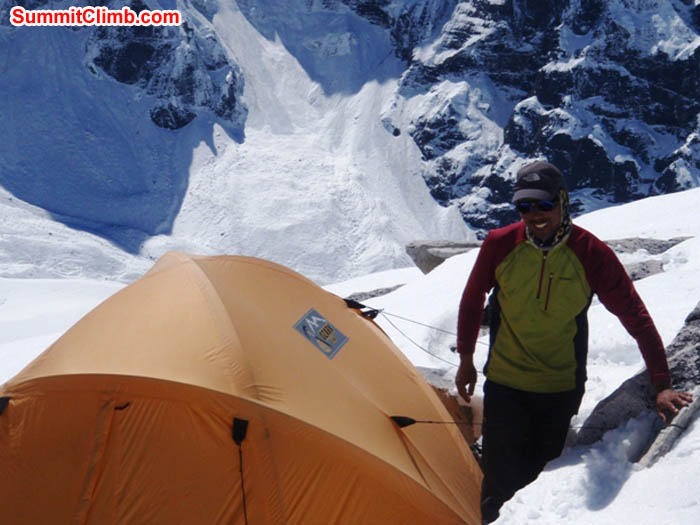 Tenji Sherpa setting up a tent in Camp 1. Photo James Barritt.