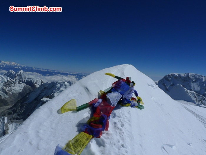Top of the summit of mount Barunste. Photo Frank Seidel