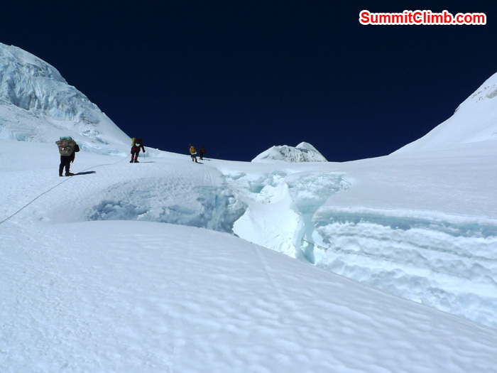 Member climbing up for summit. Photo Frank Seidel