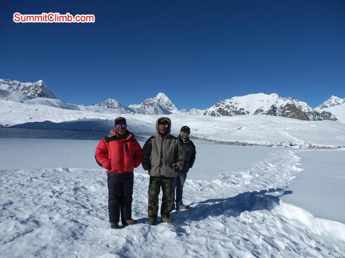 Sherpa enjoying at Baruntse basecamp. Photo Susanne.