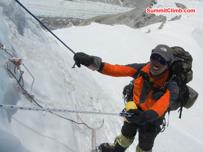 Tenji Sherpa climbing in the icefall below camp 2. Photo Scott Patch