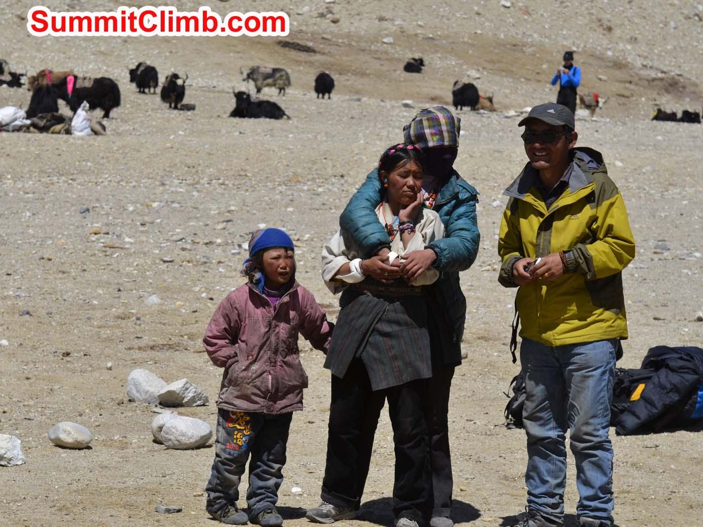 Tibetan seasonal nomad family at Cho Oyu's 'chinese' basecamp. Photo by Dmitri Nichiporov