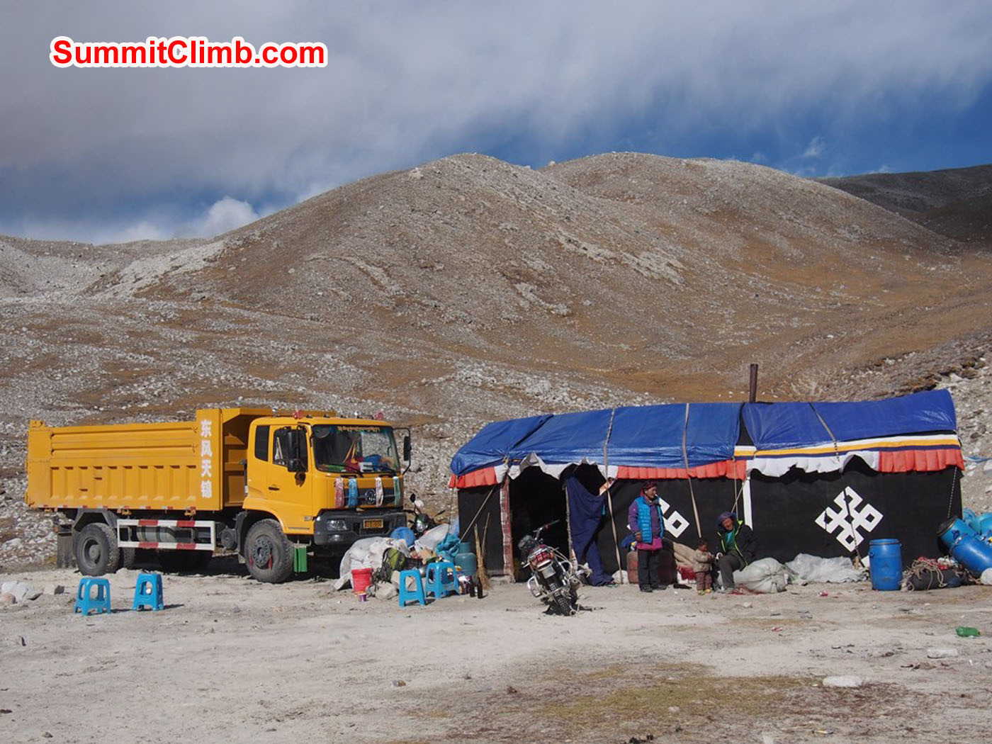 Interim camp while descending. A teahouse tent and and truck. Alan Barclay Photo