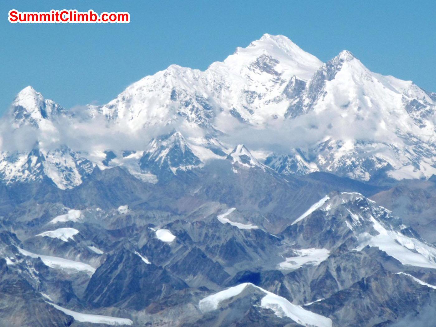 Mount Shishapangma seen from Cho Oyu. Stefan Simchen Photo