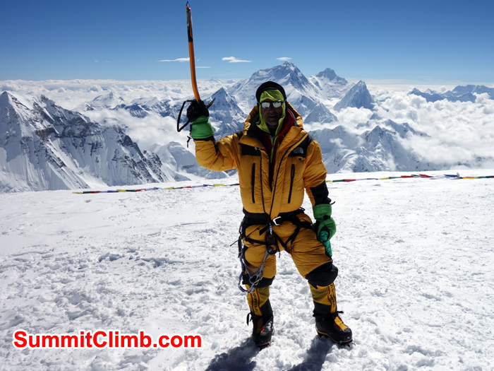 Farzin at the summit of Cho Oyu. Photo Farzin