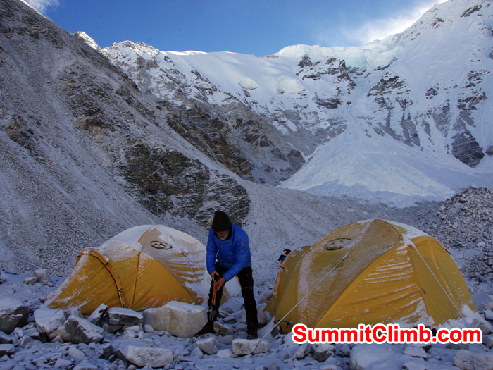 Morning at camp 0.5. Cho Oyu Photo Detlef Buckwitz