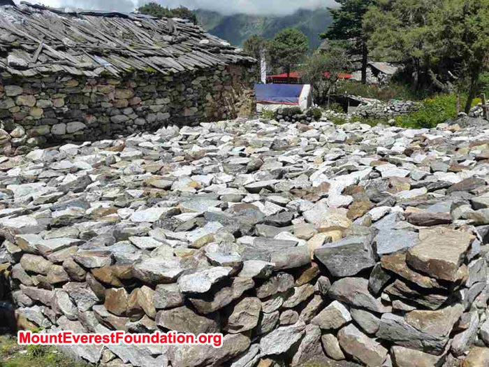 collection of stones for deboche