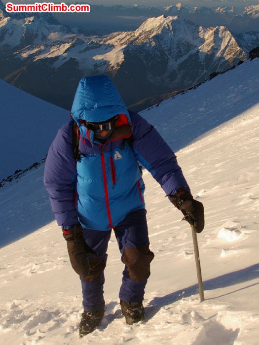 Dan Haraburda climbing above Elbrus saddle on summit day. Photo Scott Patch.