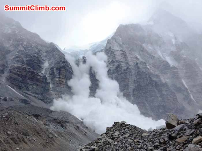 Avalanche from Lingtren. view from Base Camp. photo David Maidment