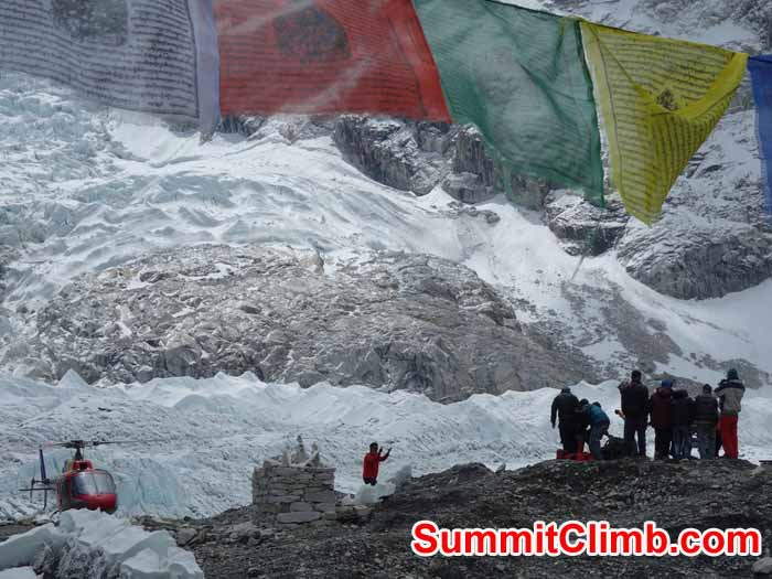 Helicopter rescue taking place at Everest Basecamp. Photo by David Maidment