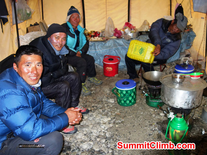 Sherpa team left to right - Tenji, Thile, Jangbu, Jai Bahadur. Photo David Maidment