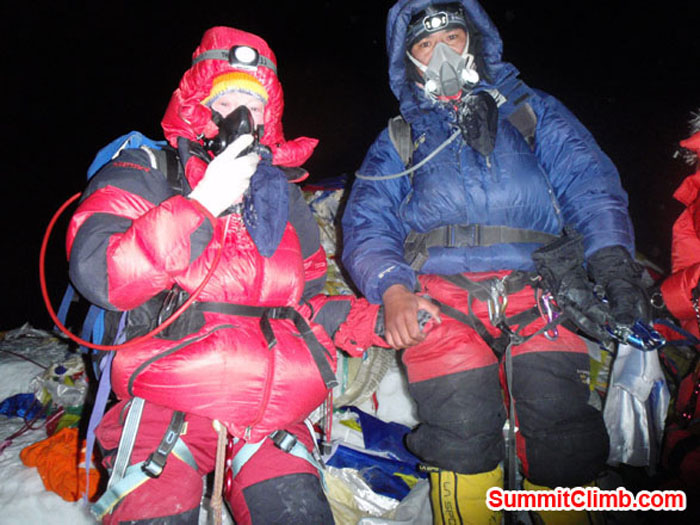 Janice Smith at Summit of Everest on 27 of May together with Gyalje (Photo by Tenji Sherpa).