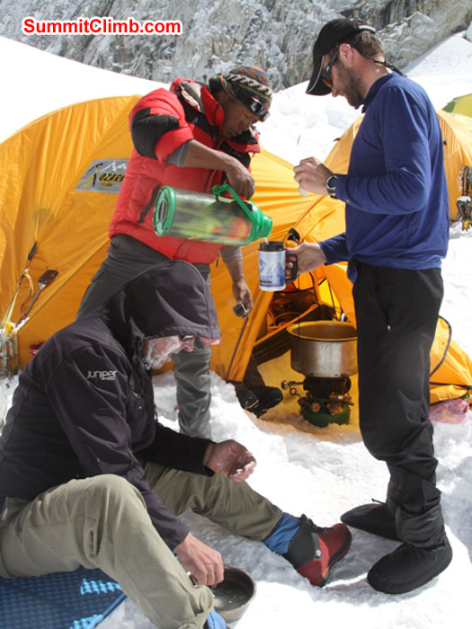 Enjoying hot drinks and a break in camp 1. Monika Witkowska Photo