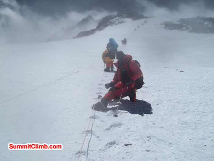 Rope going up to Camp 2 on a cloudy day (Beow Lim)