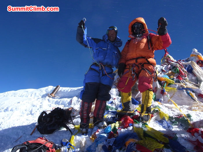Summit of Everest by Urs. Photo Urs