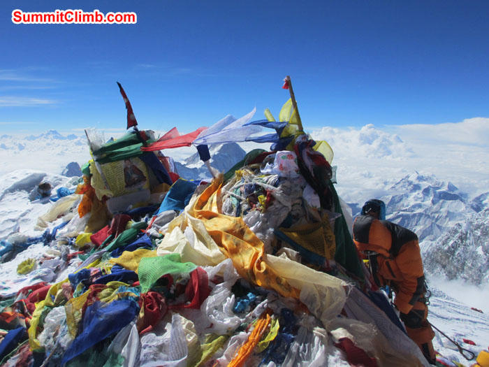 Payer flag on the summit of Everest. Photo David O'Brien