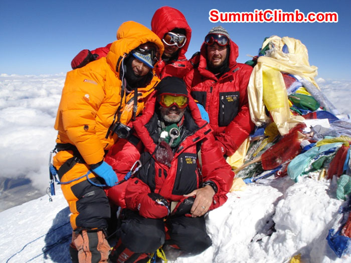 Mallory family from Canada and Jangbu Sherpa at the Top of the World