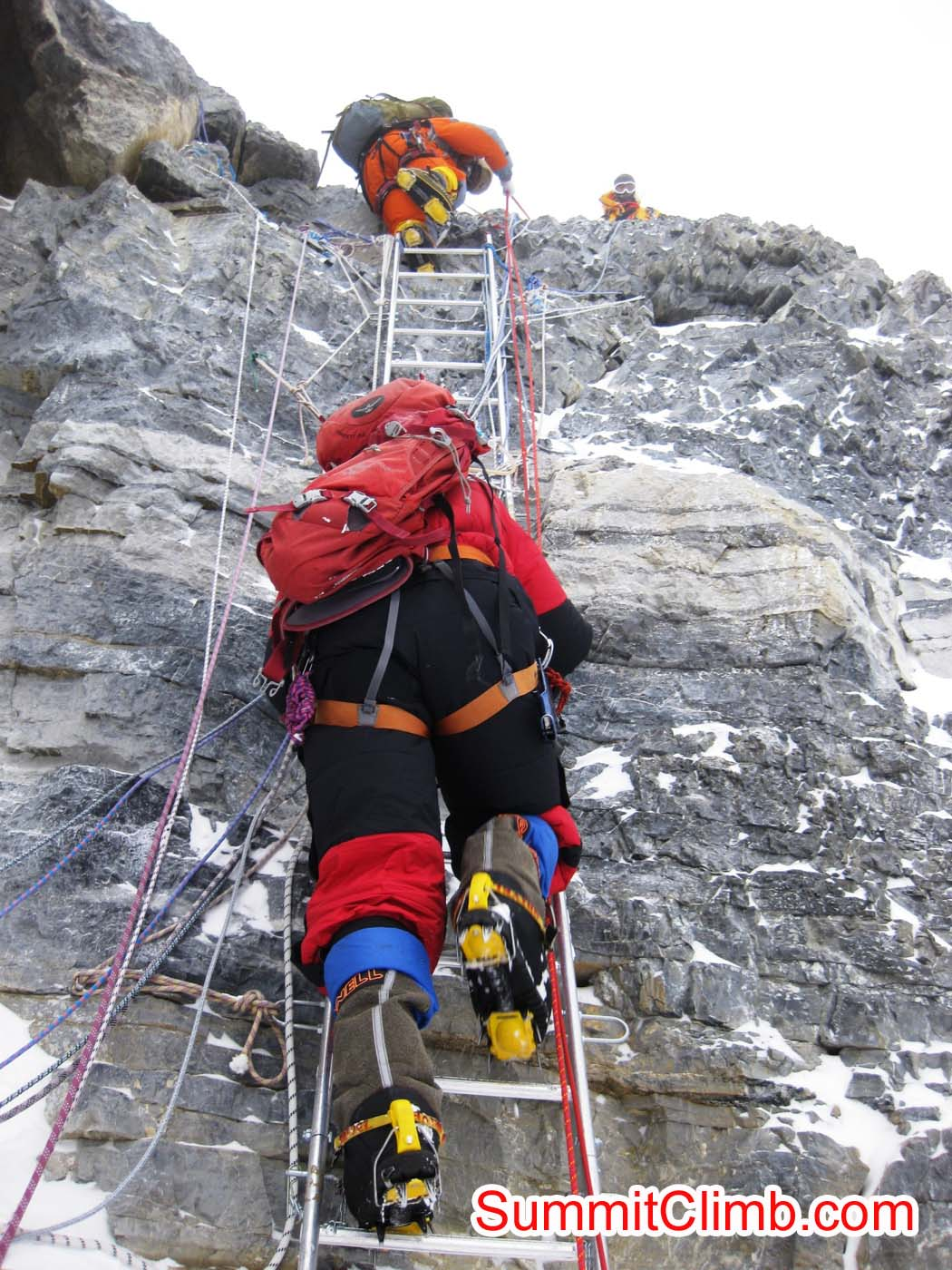 Climber descending 2nd step after Everest summit - Photo Mia Graeffe