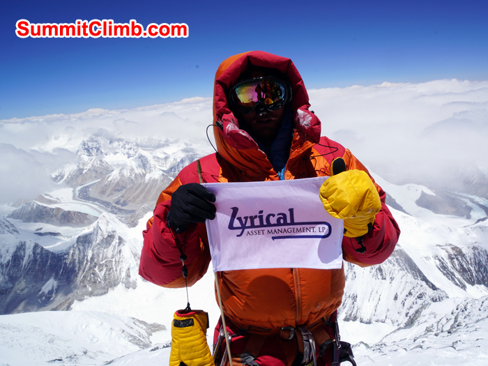David on the summit of Everest on 10:09 am without oxygen. Photo David Roeske
