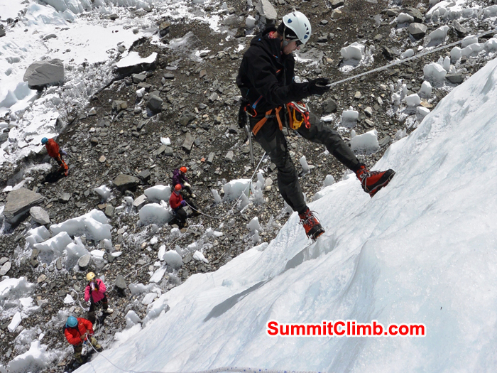 everest training climb nepal