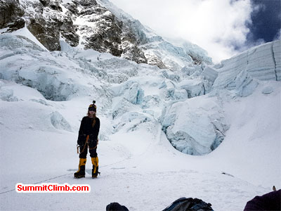 climber in khumbu Ice fall