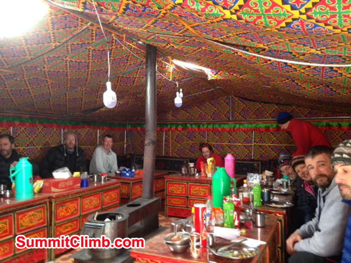 summitclimb-dining-tent
