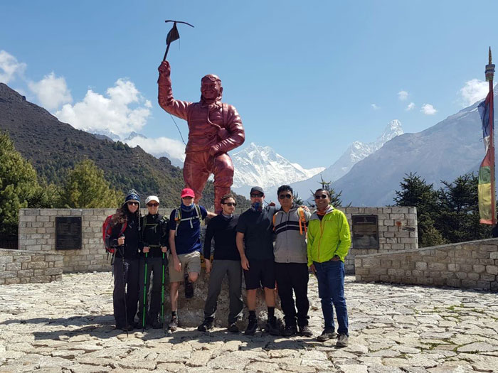 group with tenji sherpa statue