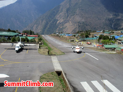 everest climb, lukla airport