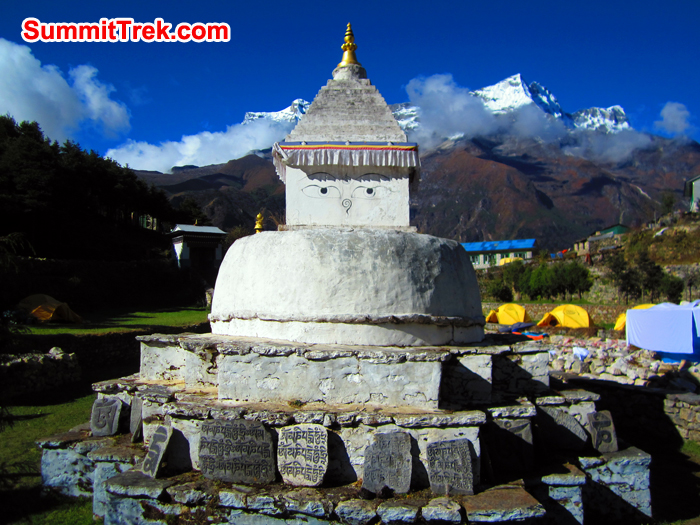Budish stupa at Namche bazaar camp site
