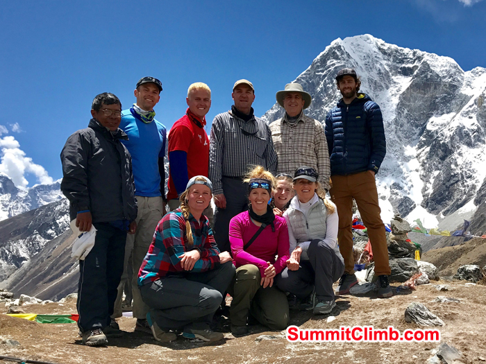everest basecamp trek group at Dugla