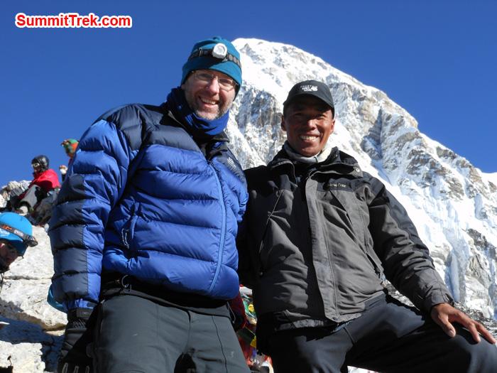 Andrew Slater and Tenji Sherpa at the summit of Kalapather. Photo Tenji Sherpa