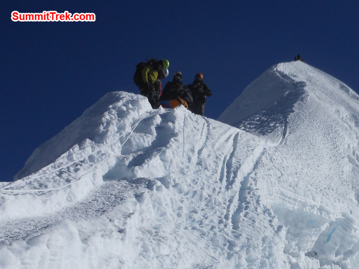Member and Sherpa Near to Summit Island Peak. Photo Tenji Sherpa