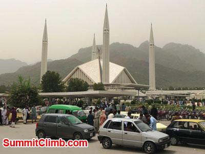 k2 news, Faisal Mosque Islamabad. Jake Photo