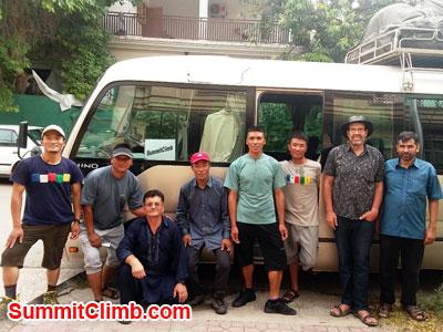 k2 news, SummitClimb Sherpa Team boarding cargo bus to Skardu with 45 duffle bags.
