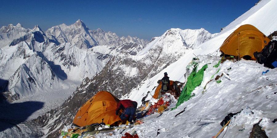 camp 3 and 2 k2 and broad peak