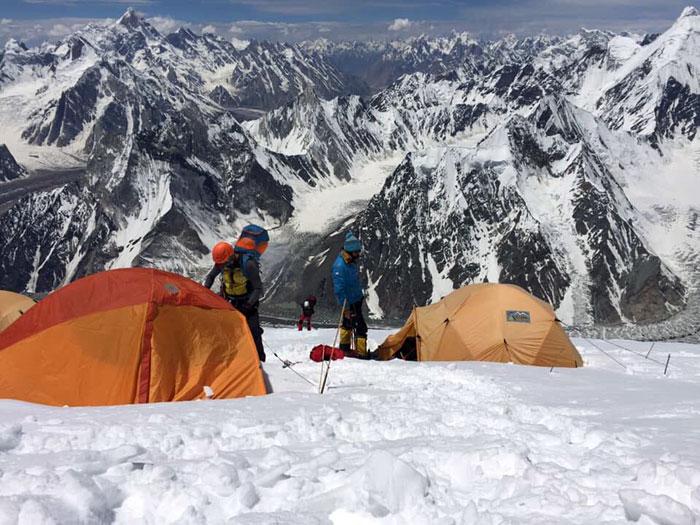 making tent