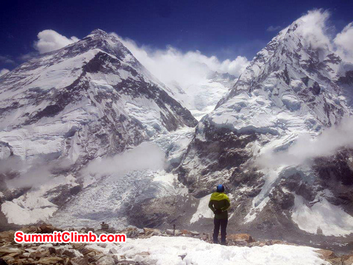 Member enjoying everest ridge and Lhotse and Nuptse too.