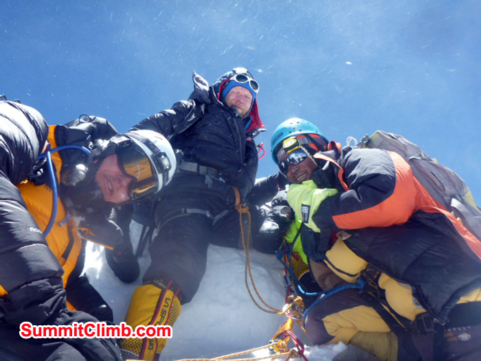 Team summit Mount Lhotse