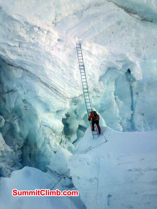 Vertical lader at Khumbu Icefall