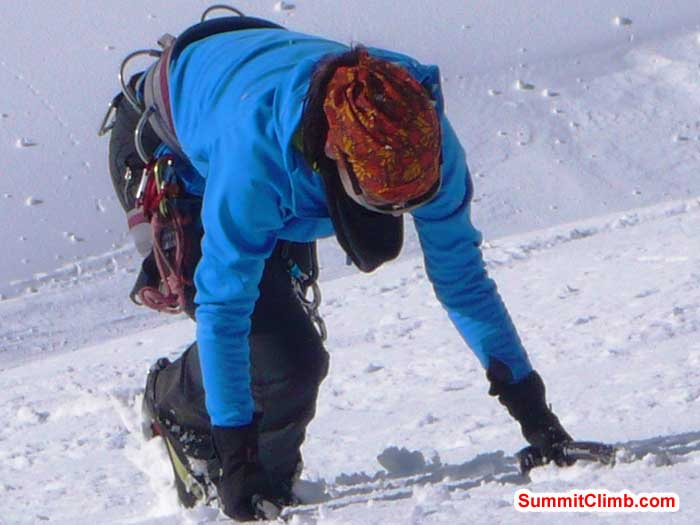 Sylvi Montag Kawina practices safe descent on steep snow.
