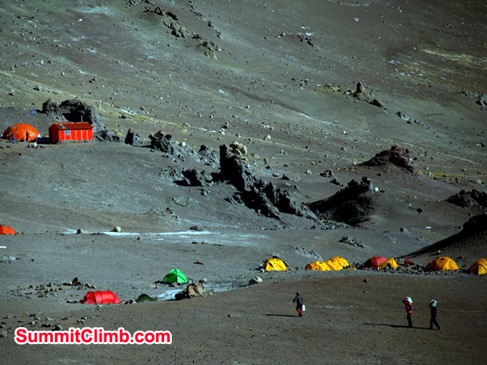 Our team is at 5550m at the Nido de Condores Camp