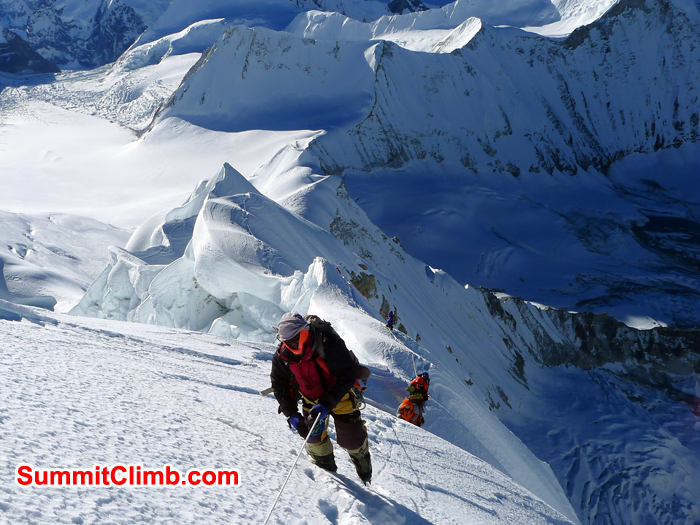Climbers on the way to Summit of Baruntse