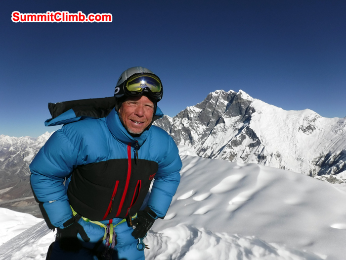 Gordon at the summit of Baruntse