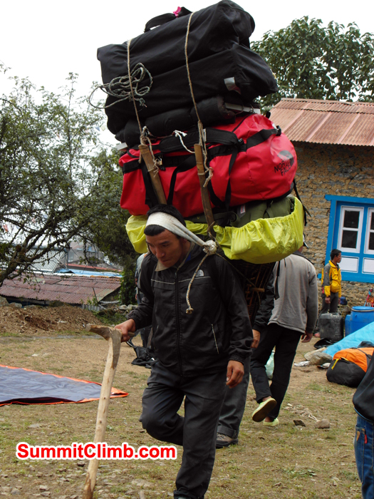 One of the Stronge Poter carry bags during Baruntse Expedition.