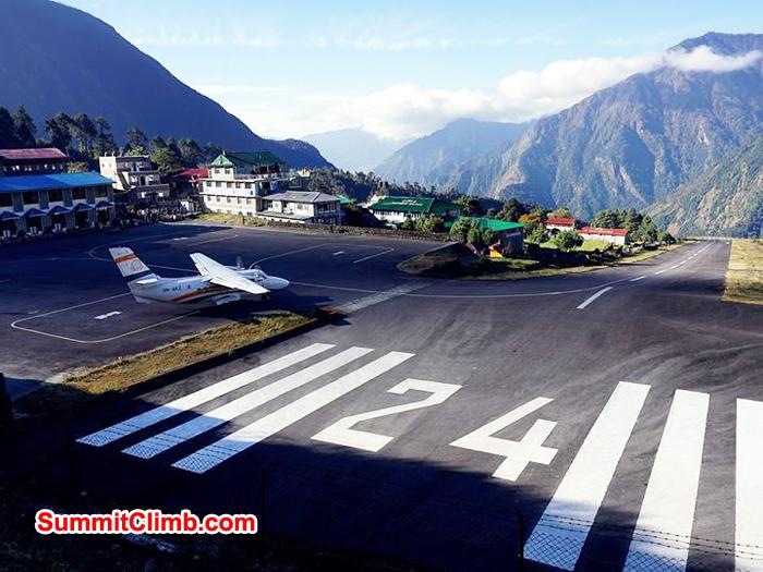 lukla airport gateway to everest