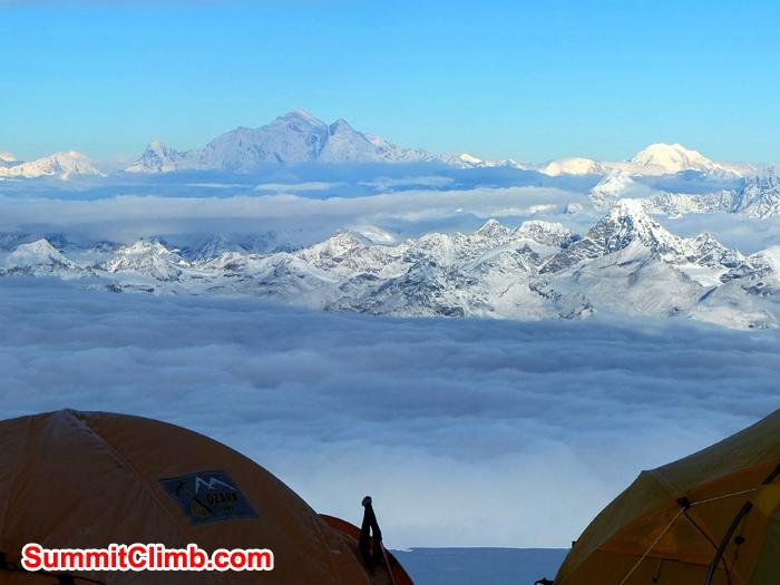Shisha Pangma, 8027 m seen from mount cho oyu