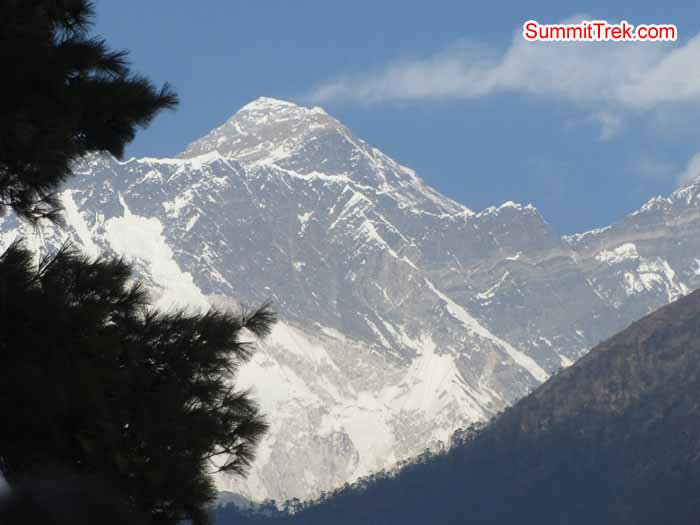 Frist view of Everest while walking through namche hill. Photo Henri Vos